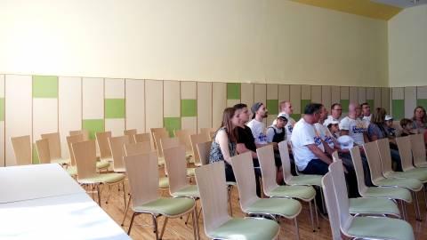 Raumakustische Maßnahme für den Festsaal der Jugendhilfe Waldhaus in Malsch