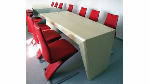 circon face Konferenztisch
