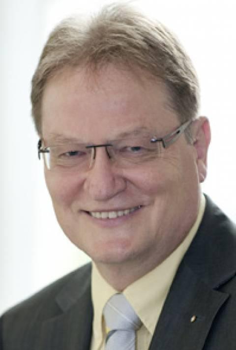 Dr. Jürgen Kuske (CFO): Die Wirkung von Umgebungsfaktoren auf die Leistungsfähigkeit im Rechnungswesen und kaufmännischen Bereichen