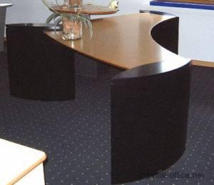 circon executive wing - Chefschreibtisch - Schlichte Eleganz in Ahorn schwarz