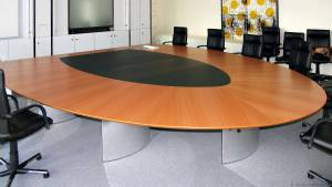 circon s-class - 5x4m Halbrunder Konferenztisch für Proactiv, Hilden